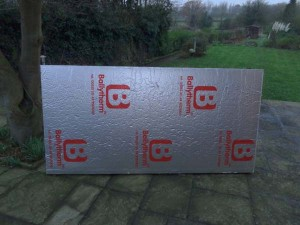 Insulting your home with PIR thermal insulation board - 2.4m x 1.2m x 100mm