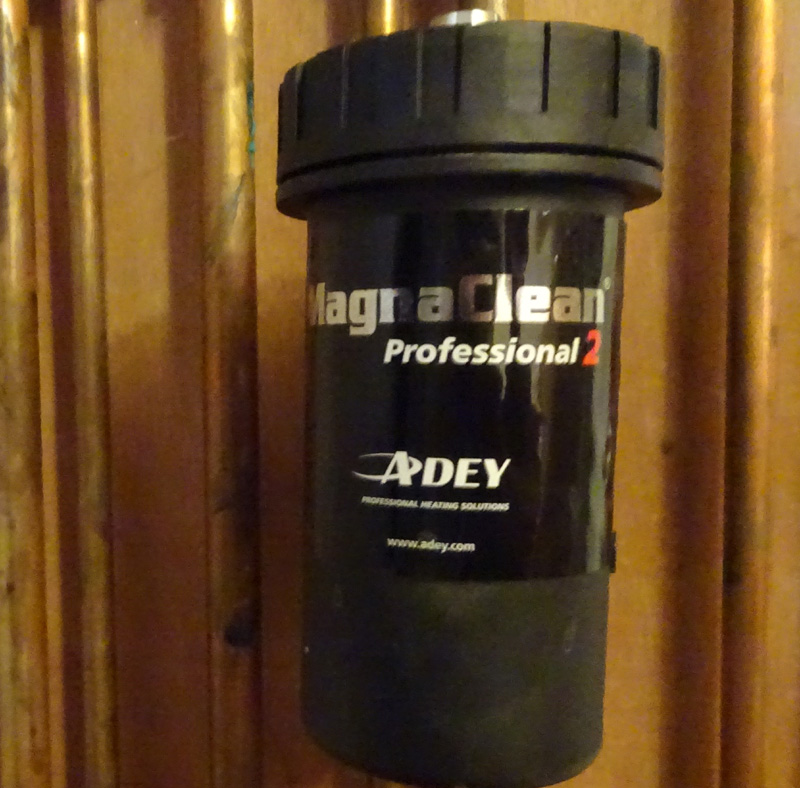 Adey Magnaclean Pro 2 Filter